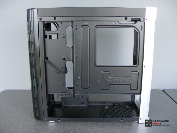 Bitfenix Pandora Window (37)