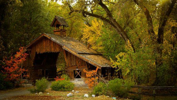 nature_mountain_forest_landscape_fog_house_tree_ultrahd_4k_wallpaper_3840x2160