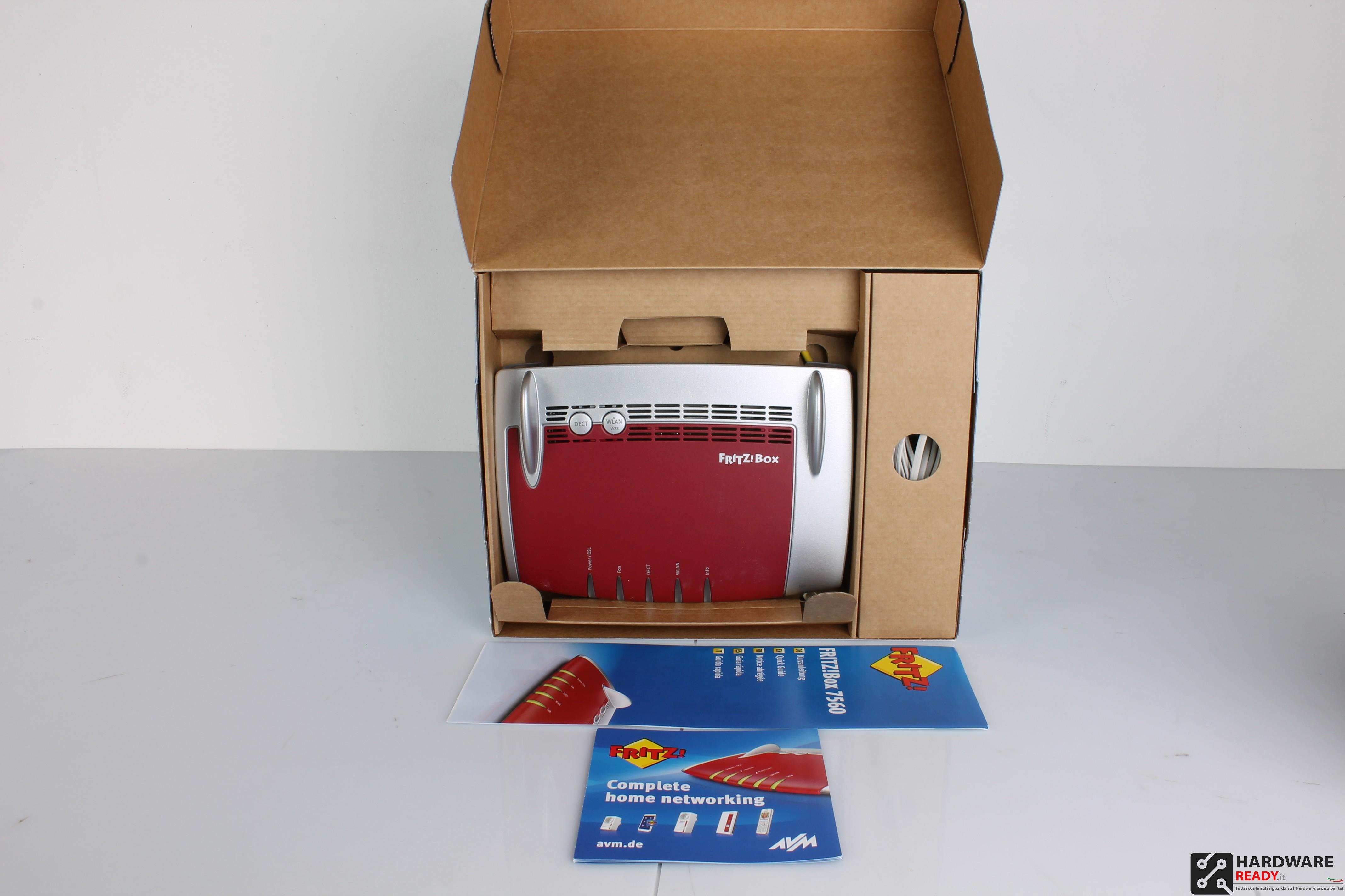 fritz box 7560 recensione bundle e confezione hardware. Black Bedroom Furniture Sets. Home Design Ideas